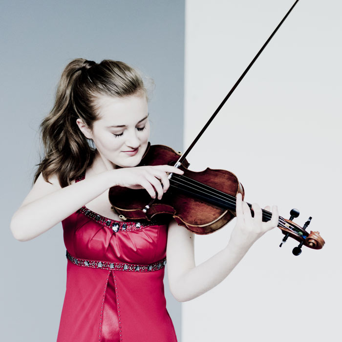 Noa Wildschut violin - photo credit Marco Borggreve